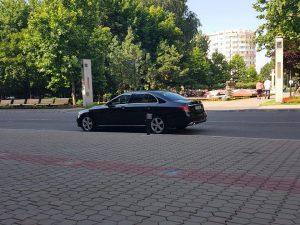 Bucharest airport transfers executive car
