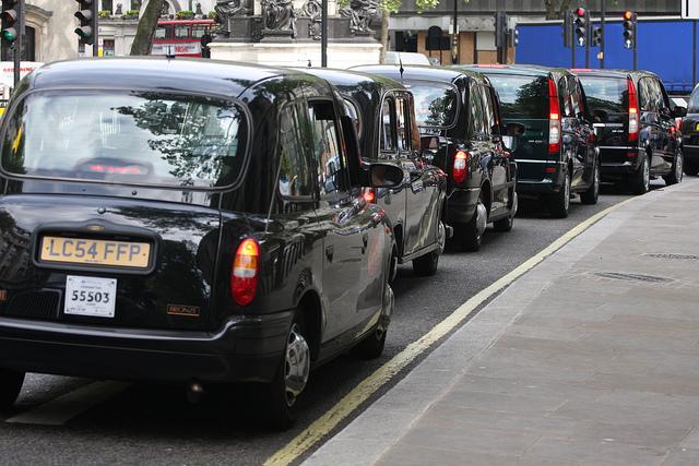 Top taxi apps in Woking Surrey in 2020