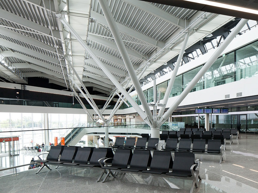 warsaw chopin airport transfers
