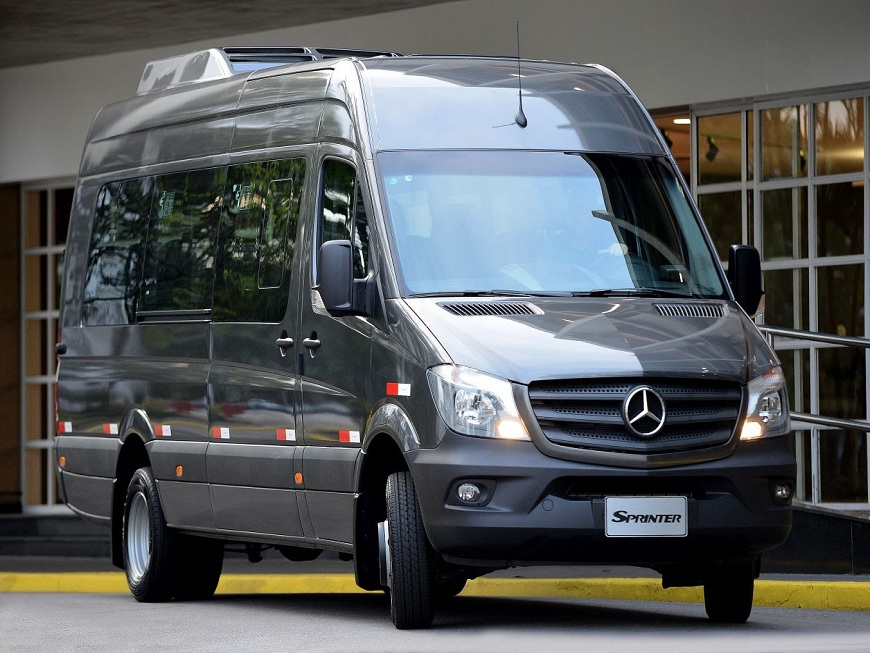 minibus rentals and airport transfers