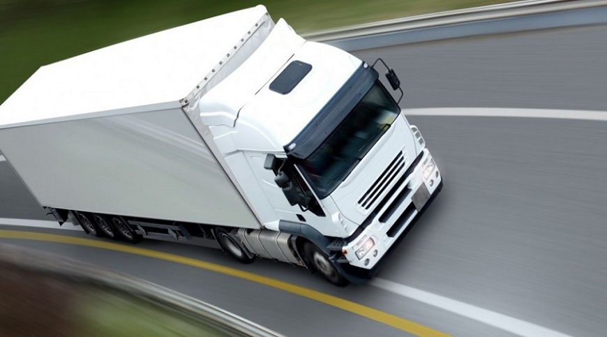 truck courier gatwick airport and crawley